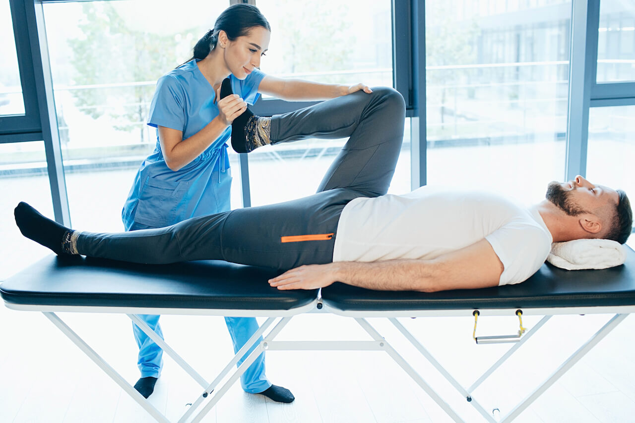 Physical Therapy: The Key to Overcoming Hip and Knee Pain